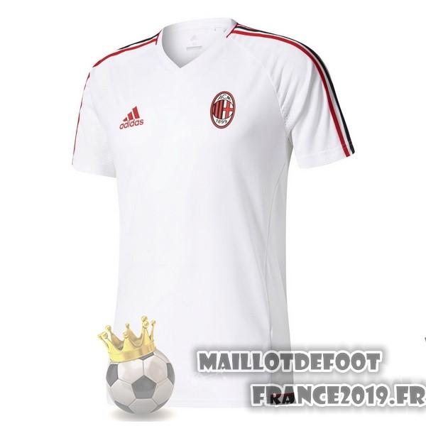 Maillot entrainement AC Milan en solde