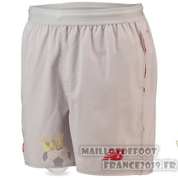Maillot De Foot New Balance Third Shorts Liverpool 2018-2019 Blanc