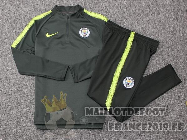 great look wholesale price so cheap Maillot De Foot Nike Survêtements Enfant Manchester City 18 ...