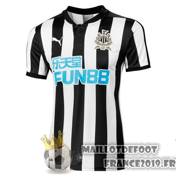 Maillot De Foot PUMA Domicile Maillots Newcastle United 2017-2018 Noir
