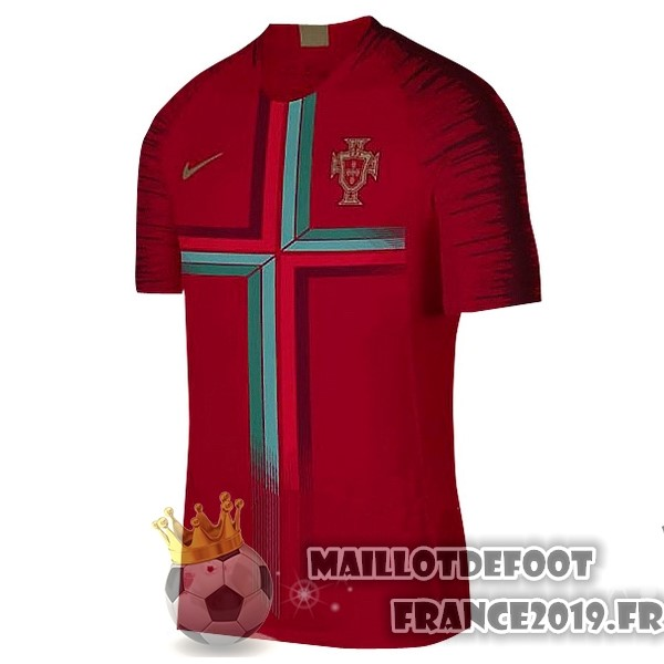 Maillot De Foot Nike Pre Match Maillots Portugal 2018 Rouge