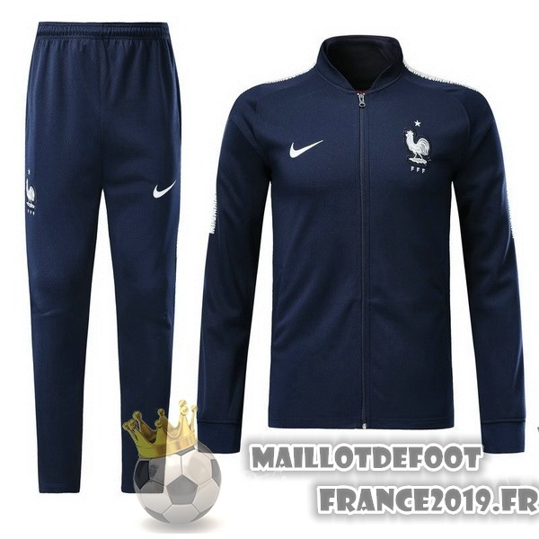 on sale 48d49 3c098 Maillot De Foot Nike Survêtements France 2018 Bleu